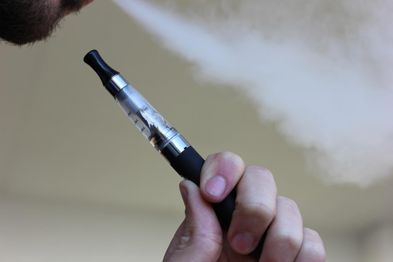Lze přestat kouřit s elektronickou cigaretou?