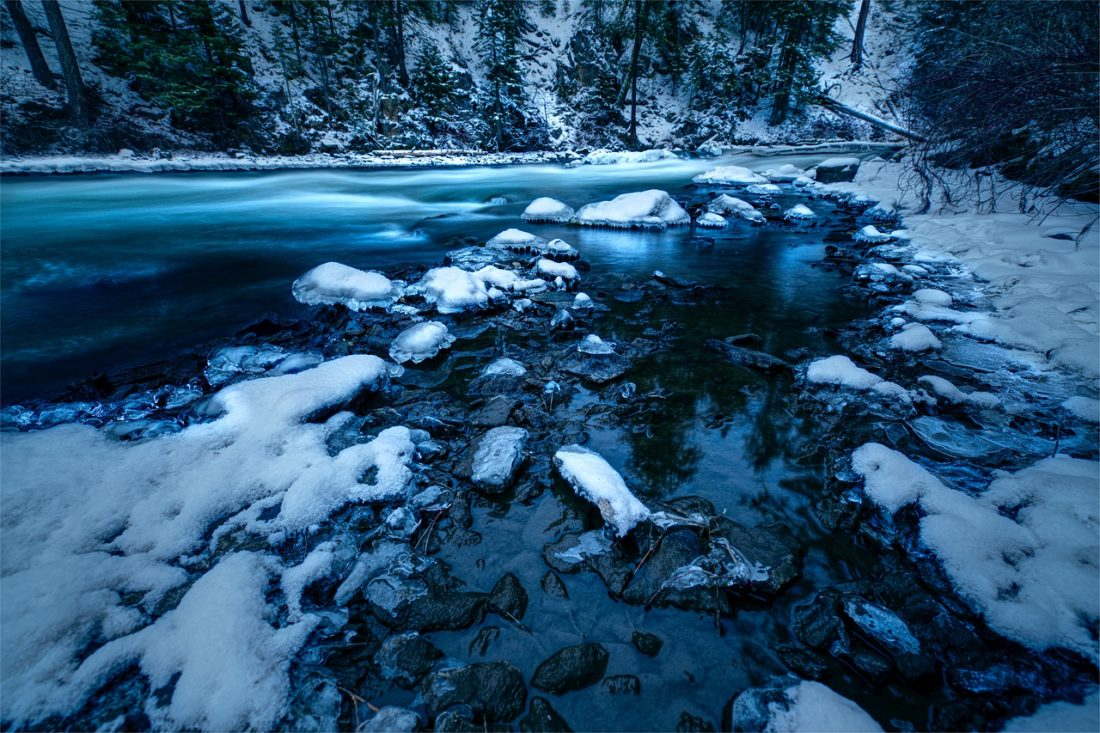Winter Rocks Cold Icy Blue Oregon - HardebeckMedia / Pixabay